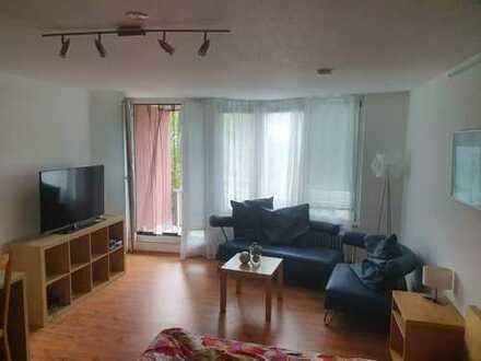 Möbliertes Apartment in Top-Lage inkl. Hausgeld, Internet, Strom, Tiefgaragenstellplatz
