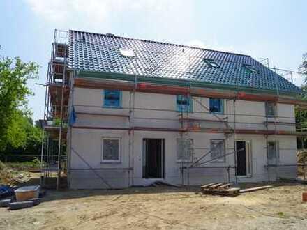 Neubau Doppelhaushälfte in Mahlsdorf - 152 qm Wohn/Nutzfläche.