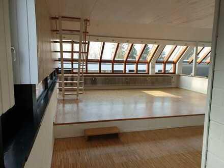 TOP- Gallerie-Wohnung über 2 Etagen