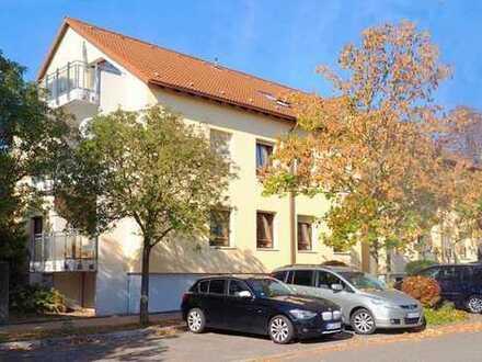 Für Familien: 4 Zimmer-Wohnung, Südbalkon, 2 Stellplätze