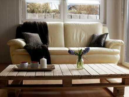 Exklusive, vollmöblierte 2-Zimmer-Wohnung mit Terrasse, Einbauküche und Hausrat in Keltern-Weiler