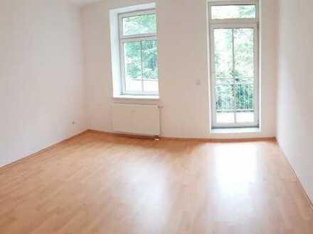 Angenehmes Wohnen im saniert. Gründerzeithaus - große Wohnküche? Begehbarer Kleiderschrank? ANRUFEN!