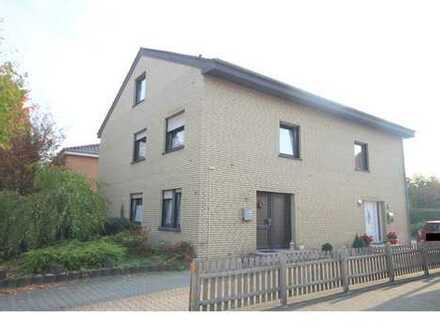 Kapitalanleger aufgepasst! Doppelhaus (vermietet) in bevorzugter Lage von Esterfeld zu verkaufen