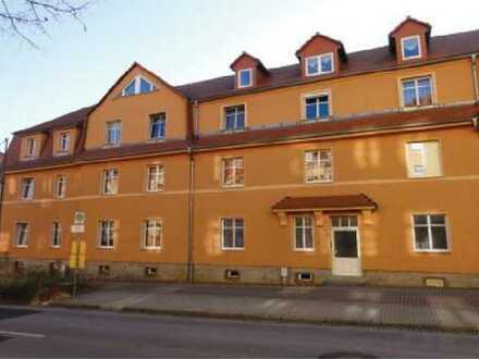 Kamenz, geräumige und helle 2-R-Wohnung im 2. OG
