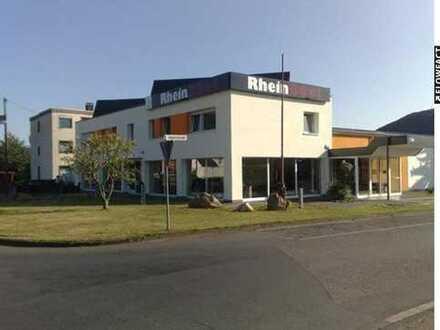 Gewerbeobjekt - bis 1.550 m² Halle, teilbar ab 300 m² + Büro + Wohnungen