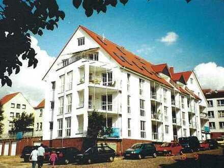Gepflegte 3-Raum-Wohnung mit Balkon und Tiefgarage in Ratzeburg