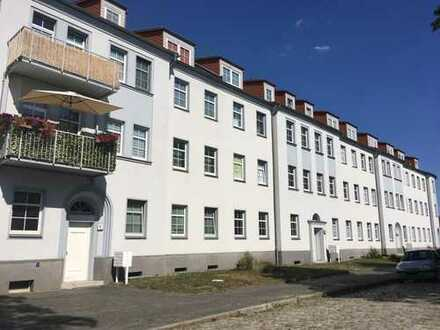 Großzügige 4-Raum-Dachgeschoss-Wohnung amit Aussicht ins Grüne