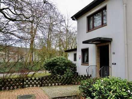 Schönes Reihen-Endhaus mit vier Zimmern und sehr großem in Bremen, Neue Vahr Südost