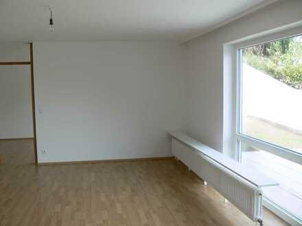 Erstbezug nach Sanierung mit EBK und Terrasse: exklusive 2-Zimmer-Wohnung in Tübingen