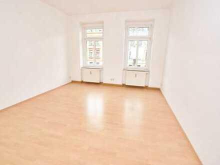 TOP Preis in beliebter Wohnlage! Renovierung auf Anfrage!