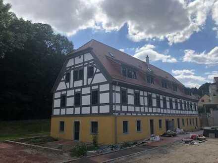 Hochwertig saniertes Denkmalhaus, Top sanierte 3,5-Raumwohnung im 1.OG !