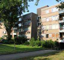 **Sehr schöne Wohnung mit Balkon** frisch renoviert