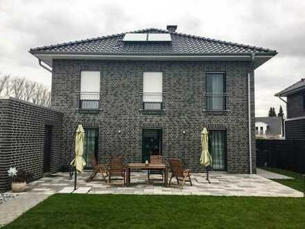 Erfüllen Sie sich Ihren Wohntraum mit uns in Lünen Niederaden! Massiv - Solide - Transparent.