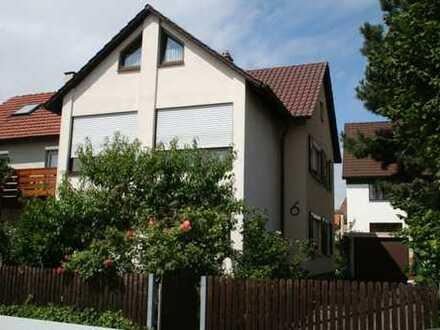 Schönes Haus mit acht Zimmern in Böblingen (Kreis), Böblingen