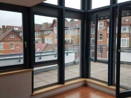 Attraktive Penthouse-Maisonette mit großer Dachterrasse, 3,5 Zimmer, Bad Cannstatt