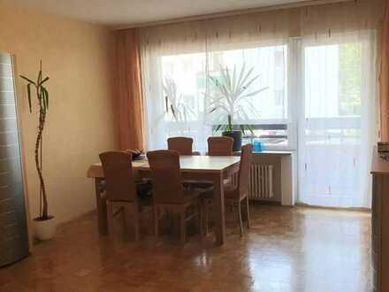 BEST IMMOBILIEN.... Großzügige / Helle 2 - Zimmer Wohnung in Hochheim