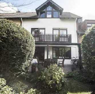 Schönes Haus, 6 Zi, mit Garten in Bonn, Buschdorf