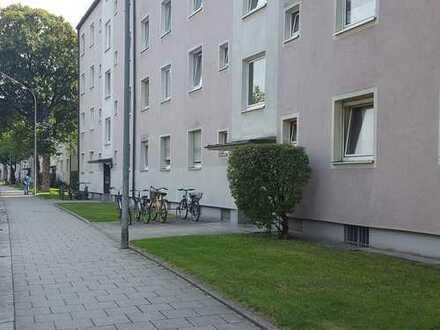 Schöne 3-Zimmer-Wohnung in zentraler Lage von Moosach!