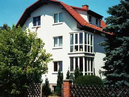 Schöne, vollständig renovierte 3-Zimmer-Maisonette-Wohnung zur Miete in Birkenwerder