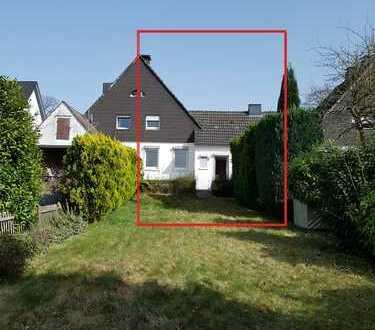 Doppelhaushälfte mit großem Grundstück. Neuer Preis!