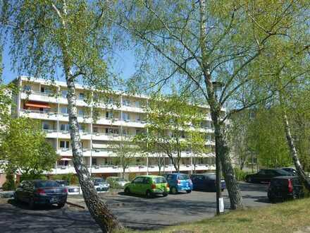 NEU: Sanierte 1-Raum-Wohnung mit Aufzug