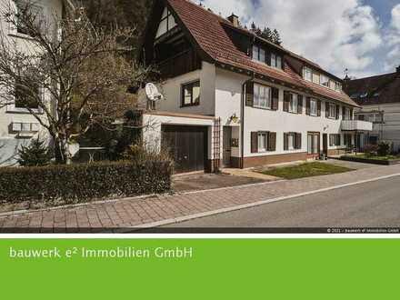 Epfendorf: Charmante Doppelhaushälfte sucht liebevolle Renovierung!