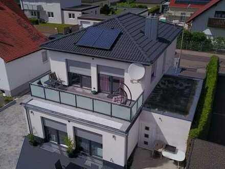 Neuwertiges Einfamilienhaus in schöner Ingolstadt Nord-Ost Lage mit Terrasse, Dachterrasse & Garage