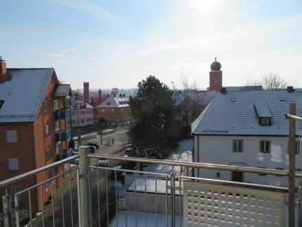 Gepflegte 3-Raum-Wohnung mit Balkon und Einbauküche in Bad Neustadt