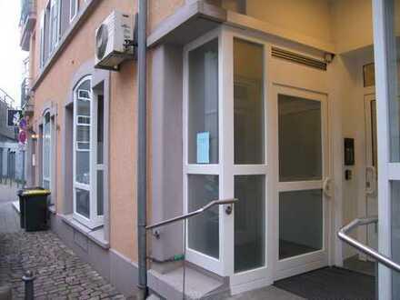 Schöner Laden/Praxis/Bürofläche sofort zu vermieten in guter Lage Nähe Augustaplatz in Baden-Baden