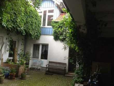 Schopfheim Zentrum, 1 Zimmer in ruhiger 3er-WG, möbliert, sofort bis Ende Januar