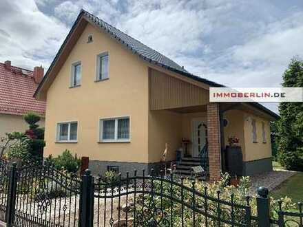 IMMOBERLIN: Sehr gepflegtes Einfamilienhaus mit hellem Ambiente