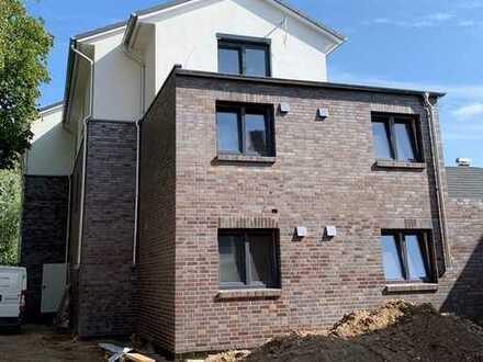 """""""StadtQuartier"""" - Neubau Komft. Dachgeschosswohnung mit Fahrstuhl und großer Dachterrasse in Stocke"""