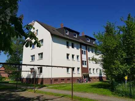 Middelsfähr - 4 Zimmer Wohnung im Grünen mit Garage!