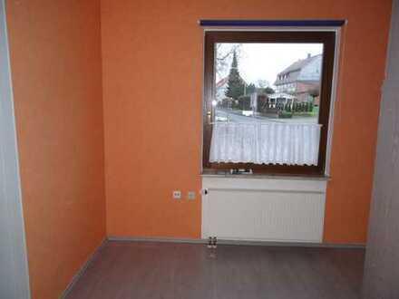Freundliche, gepflegte 2-Zimmer-Hochparterre-Wohnung in Esebeck