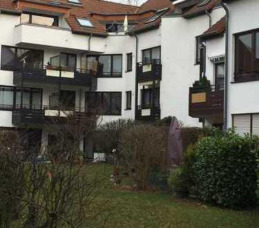 Helle 5 Zimmer DG Maisonette-Wohnung mit attraktiver Mietrendite
