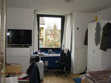 Apartment in guter Lage in ruhigem freundlichem Haus.