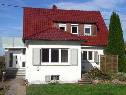 Sanierte 7-Zimmer-Villa mit EBK in Bestlage von Sachsenheim