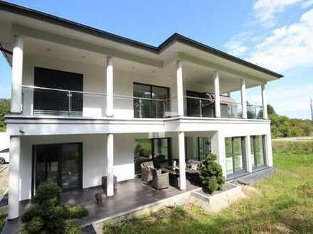 PROVISIONSFREI !!! Villa mit exklusiver Ausstattung vor den Toren der Donaumetropole Straubing