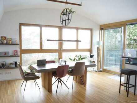 Ruhige, hochwertig ausgestattete 3-Zimmer-Wohnung nahe Westpark! Mit Nord-West-Balkon ins Grüne!