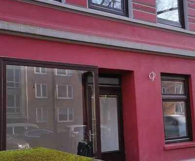 Sanierte 4-Zimmer-Gewerbeeinheit mit Wohnmöglichkeit in Eimsbüttel mit sep. Eingang