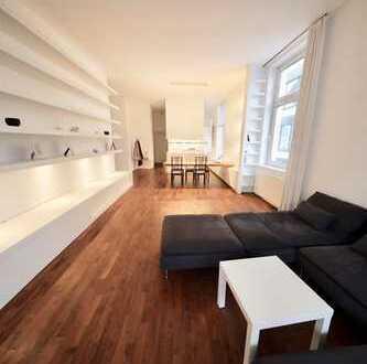 Exklusive, loftartige 2,5-Zimmer-ABW mit großem, überdachten Balkon inkl. Parkplatz (provisionsfrei)