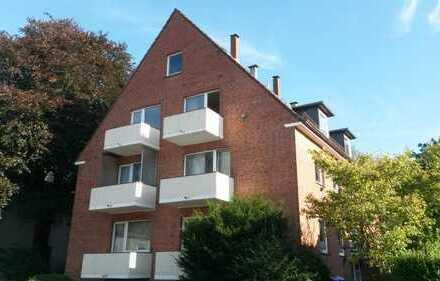 1-Zimmer-Dachgeschosswohnung mit Balkon in Hamburg-Eidelstedt, Oortskamp