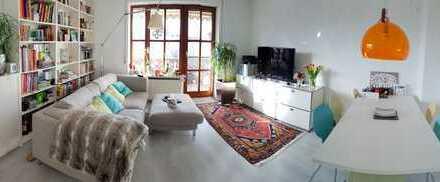 Gepflegte 4,5-Zimmer-Maisonette-Wohnung mit 2 Balkonen und Einbauküche in Diedorf