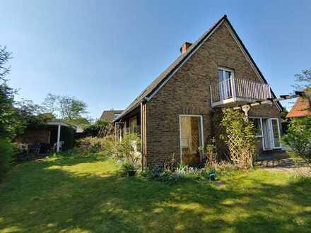 Ansprechendes und gepflegtes 8-Zimmer-Einfamilien Architektenhaus zur Miete in Ratingen-Lintorf