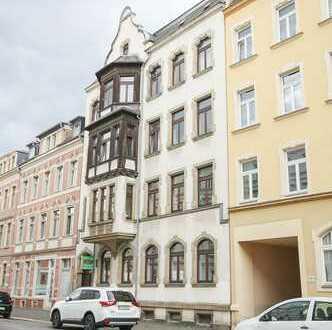 Bezugsfrei ab sofort - Großzügige Familienwohnung tollen Altbau im 1. OG mit Balkon
