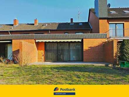 Besonderes Architekten-Reihenmittelhaus mit Atrium in ruhiger Wohnsiedlung von Misburg