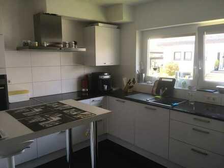 Vollständig renovierte 3,5-Zimmer-Wohnung mit Balkon und EBK in Eggenstein-Leopoldshafen