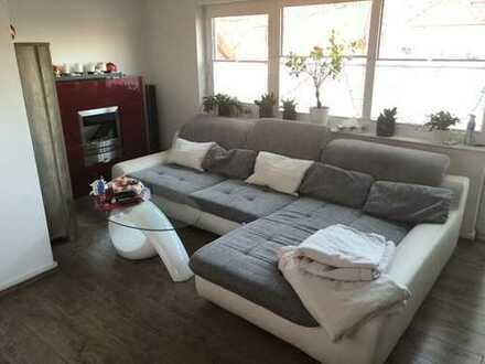 Schöne 4 Zimmer DG Wohnung im Grünen - voll möbliert, großer Balkon - 783 €, 89 m²