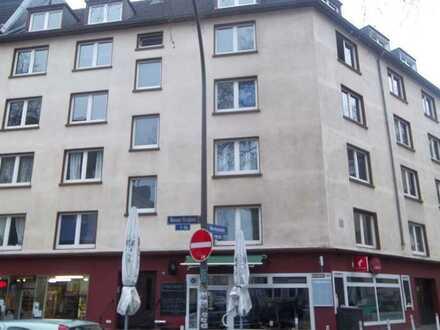Moderne Wohnung mit 3 Zi., Küche, Diele, Bad und Balkon im Kreuzviertel
