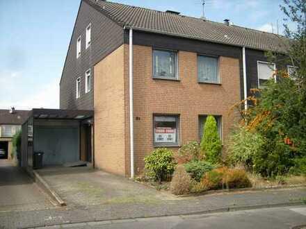 Provisionsfrei !Schönes Haus mit sechs Zimmern in ruhiger Lage von Recklinghausen -Süd